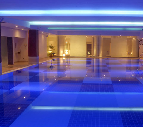 Best Chlorine Free Swimming Pools In London