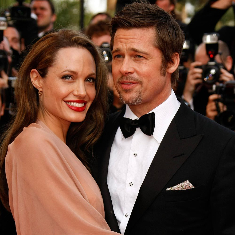 Brad Pitt And Angelina Jolie Wedding Pictures: Brad Pitt And Angelina Jolie Are Married