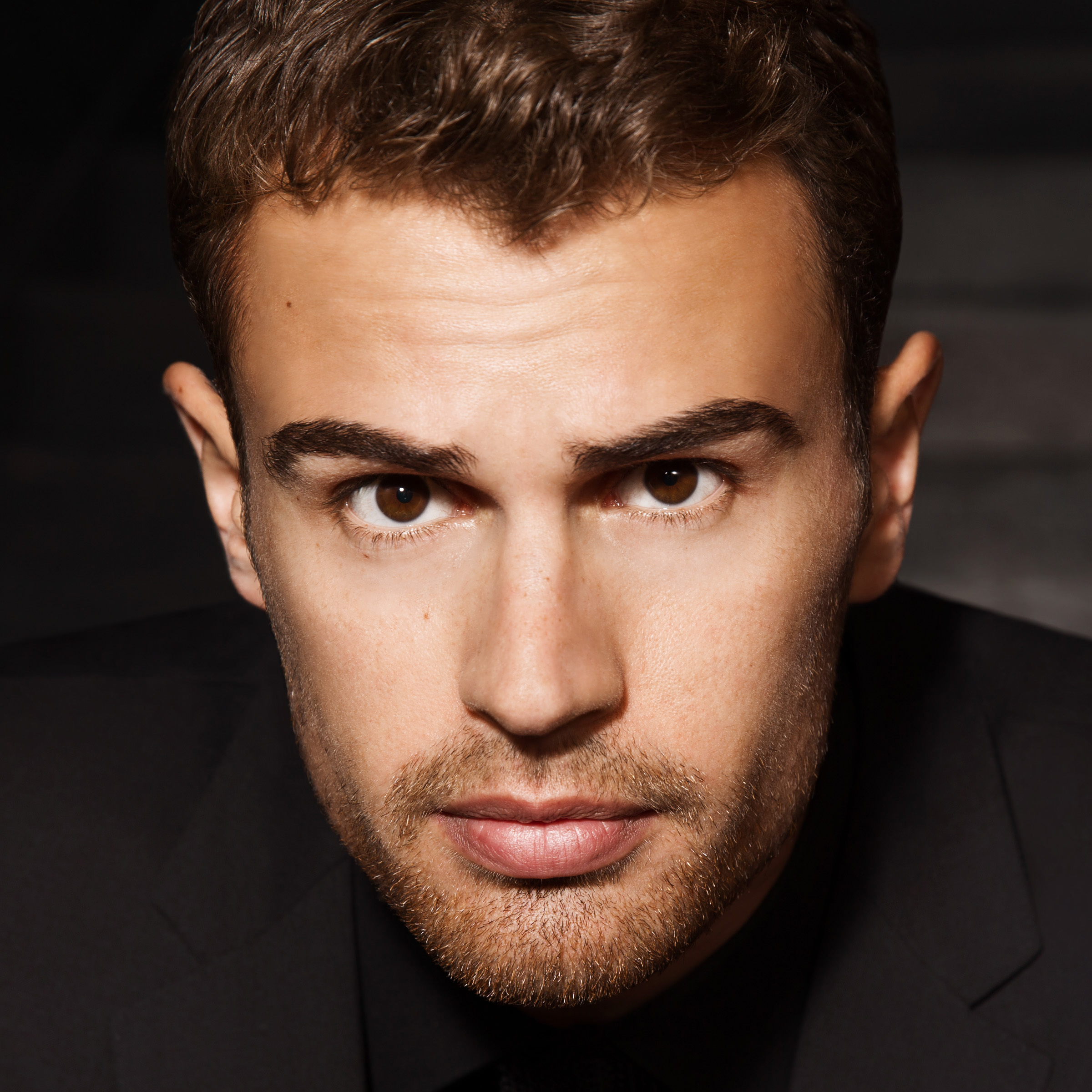 Two Minutes with Theo James