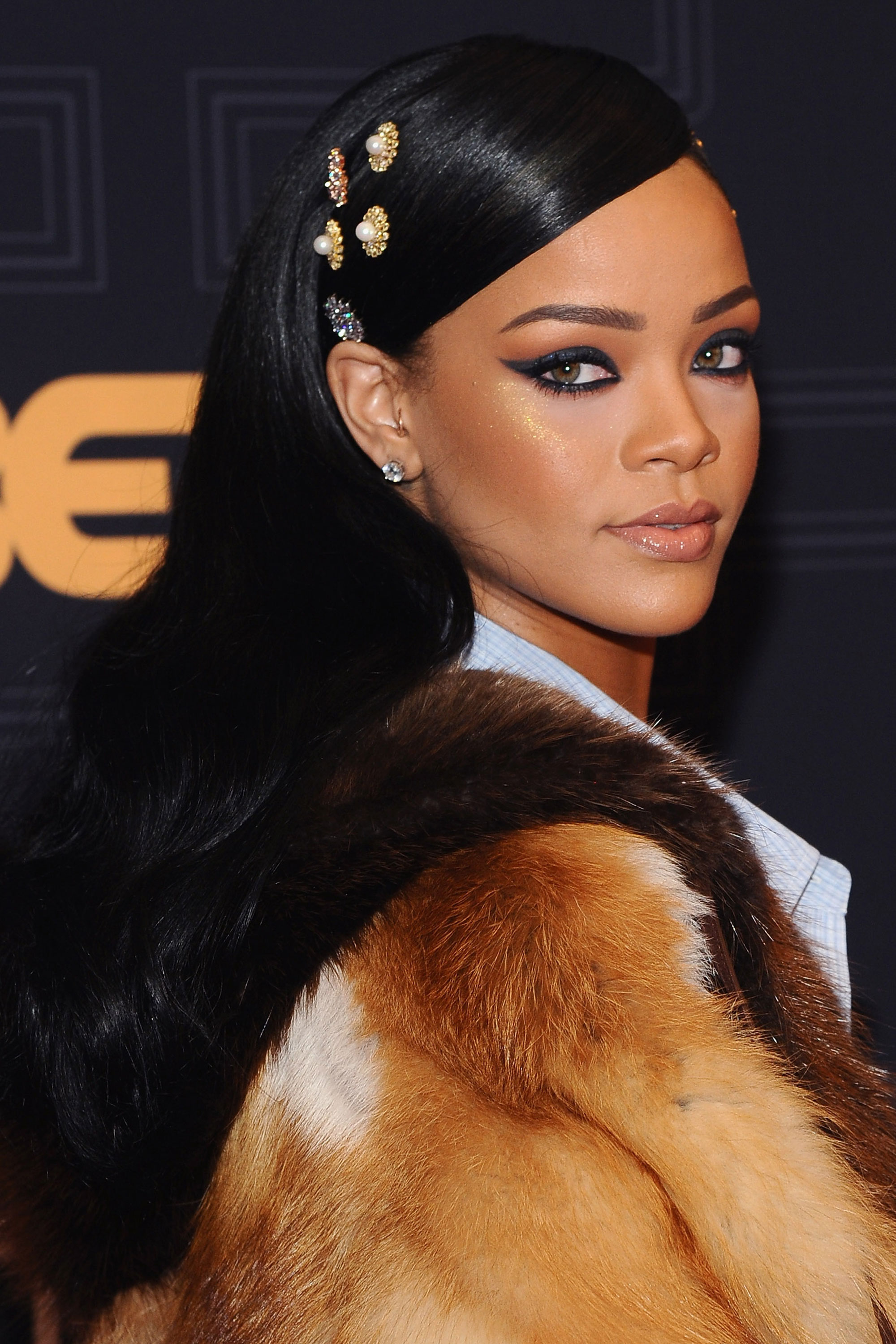 Every single Rihanna hairstyle and hair look
