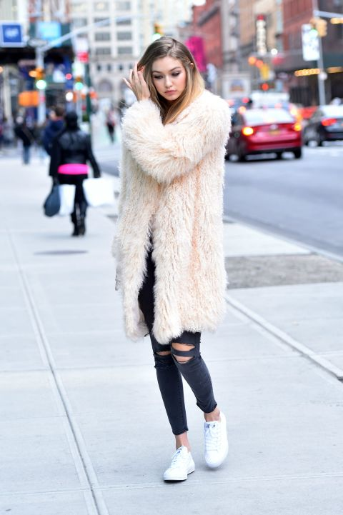 Gigi hadid 39 s best fashion and street style Celeb style fashion uk