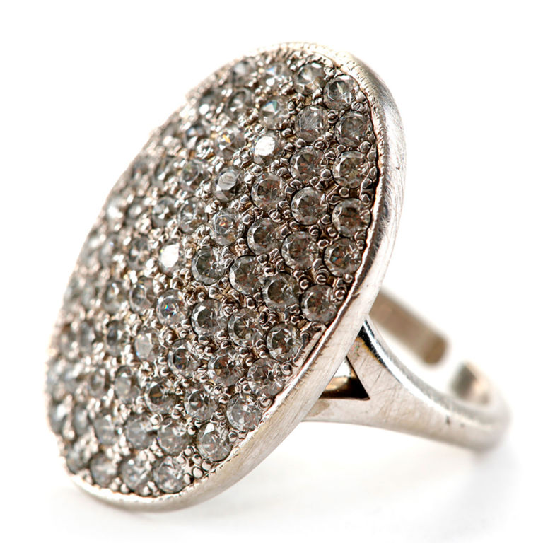 Buy Bella Swans engagement ring in Twilight auction